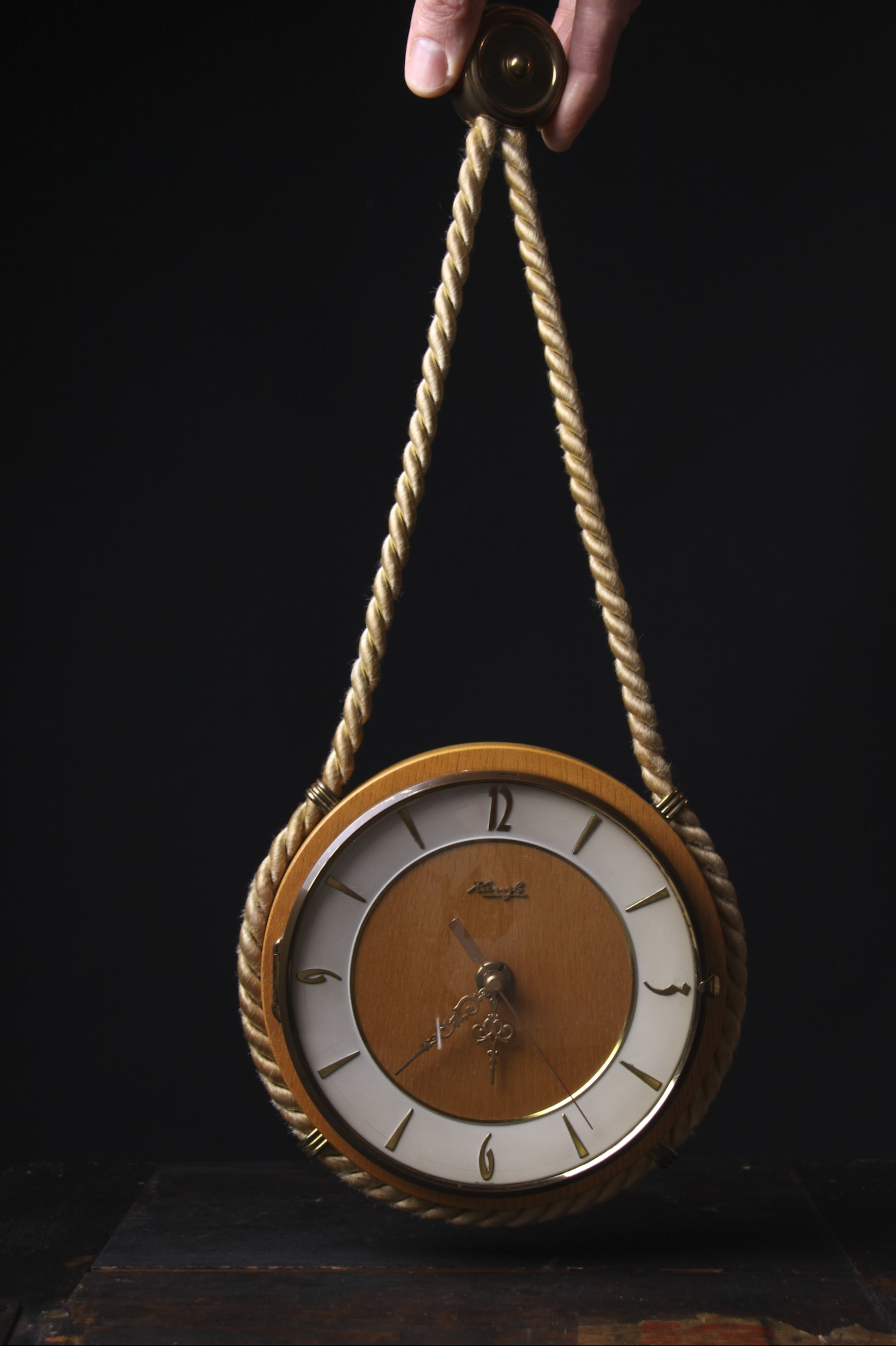 hanging wall clocks gallery