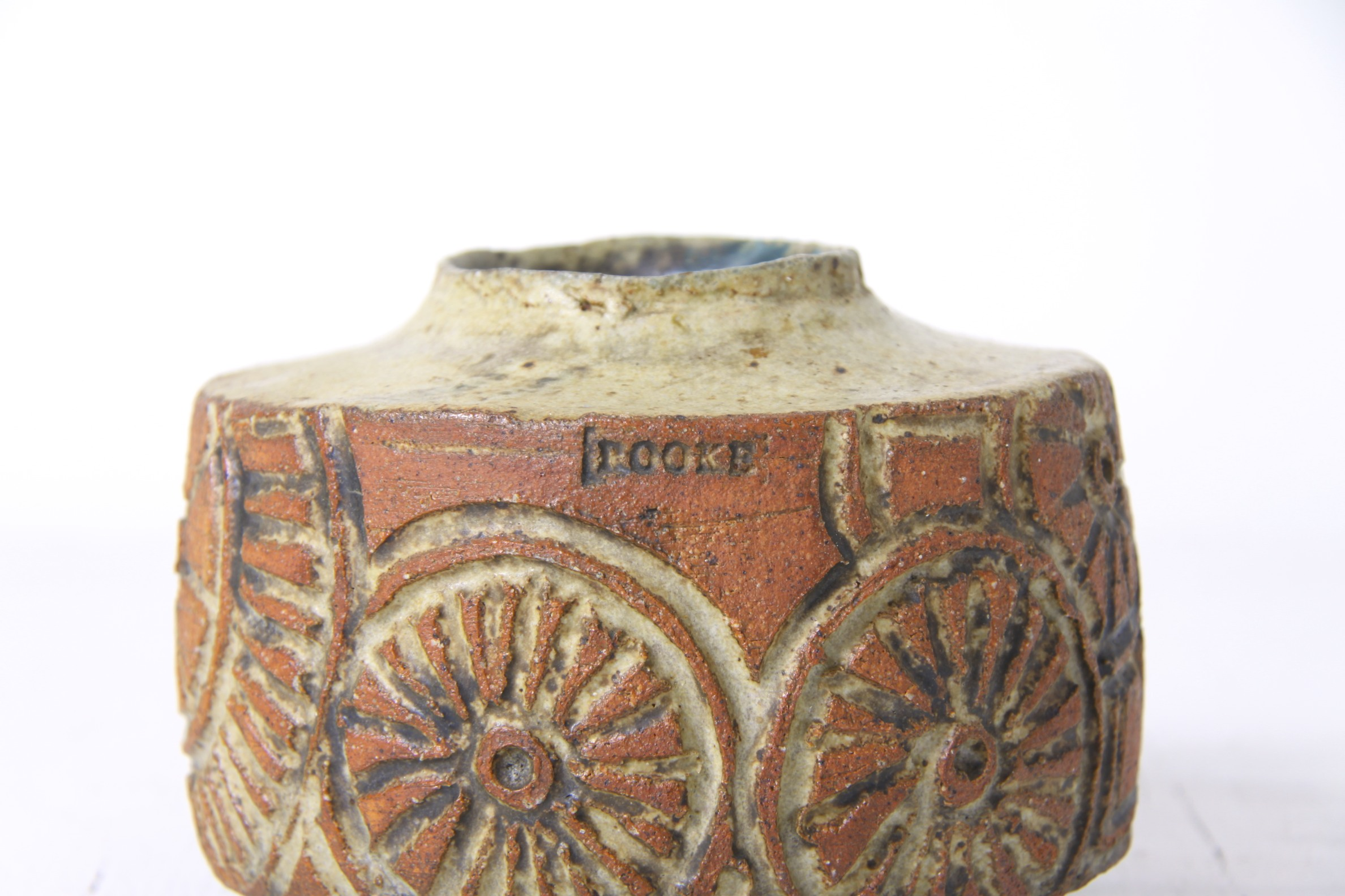 Studio pottery afterglow retro this is a stunning stoneware studio pottery vase by bernard rooke england circa 1960s 70s reviewsmspy